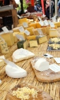So much cheese, yum!